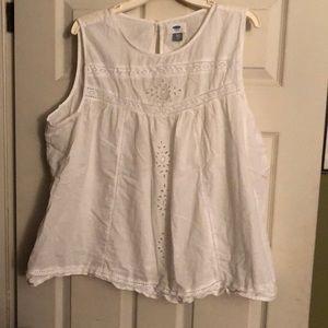 Women's swing blouse by Old Navy.